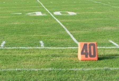 40-yard-line_2184998